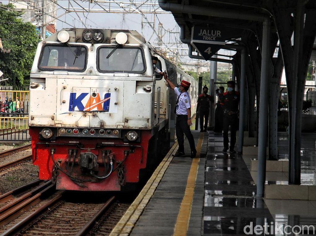 PPKM Darurat, Naik Kereta Jarak Jauh Tak Bisa Pakai GeNose