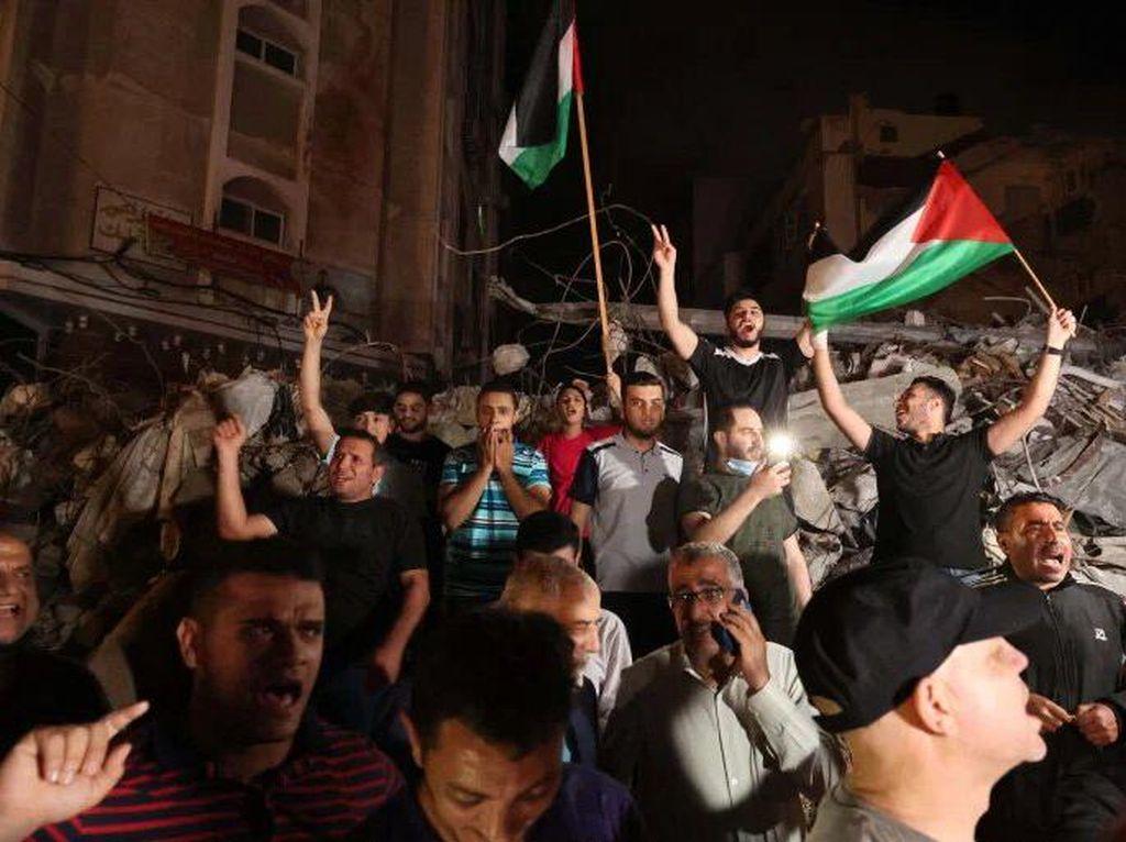 Warga Gaza Rayakan Gencatan Senjata Hamas-Israel: Allahu Akbar!