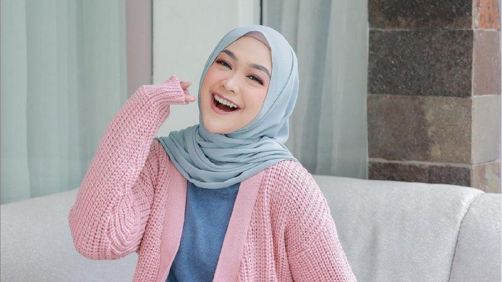 8 Potret Jadul Ria Ricis saat Remaja, Dulu Belum Kenal Makeup Kini Glow Up