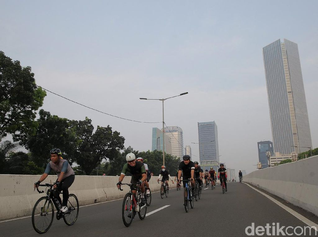 Bike to Work Batal Aksi Protes JLNT Jadi Jalur Road Bike