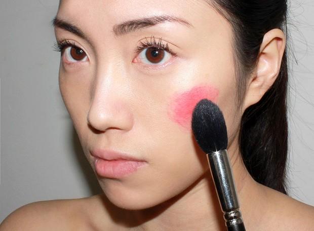 foto: Memakai di tempat yang salah/makeupforlife.com