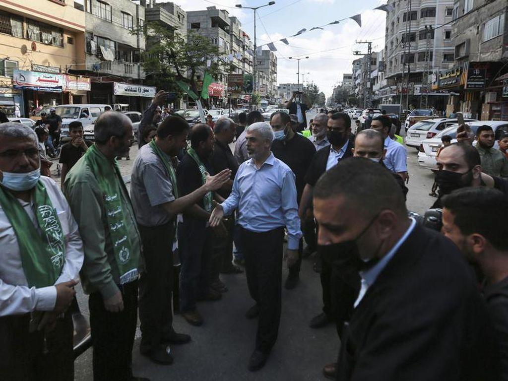 Klaim Kemenangan, Ratusan Anggota Hamas Pawai Militer di Gaza