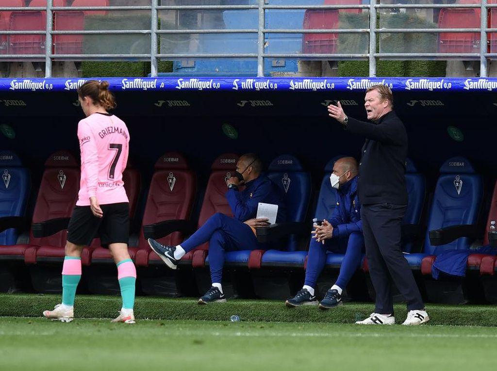 Skuat Tak Sesuai Mau Koeman, Barcelona pun Gagal Juara Liga