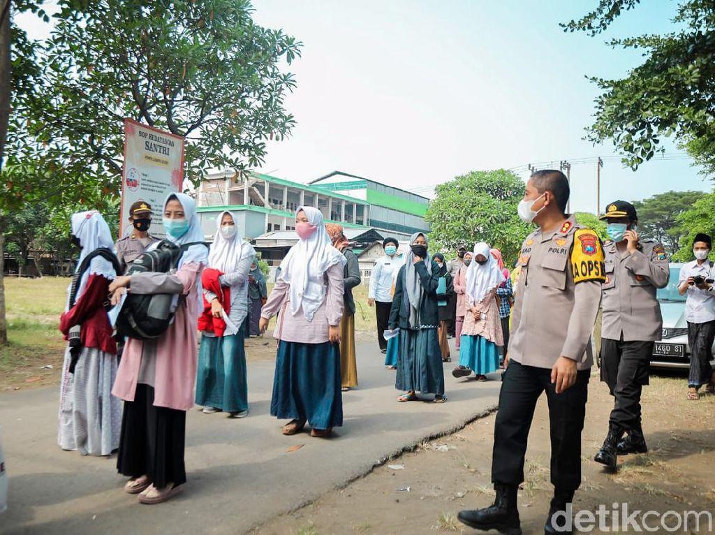 25 Ribu Santri Ponpes Lirboyo Mulai Kembali ke Pondok Secara Bertahap