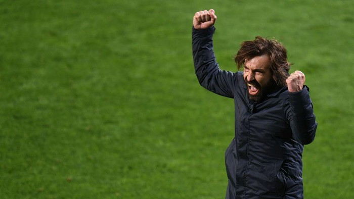 REGGIO NELLEMILIA, ITALY - MAY 19: Andrea Pirlo head coach of Juventus celebrates the victory during the TIMVISION Cup Final between Atalanta BC and Juventus on May 19, 2021 in Reggio nellEmilia, Italy. (Photo by Alessandro Sabattini/Getty Images for Lega Serie A)