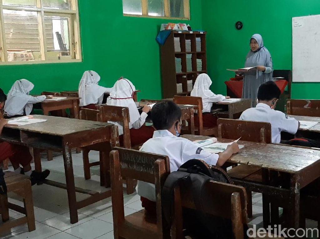 Pimpinan Komisi X Minta Satgas Pengawasan Sekolah Tatap Muka Dibentuk