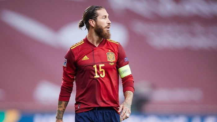 SEVILLE, SPAIN - NOVEMBER 17: Sergio Ramos of Spain looks on during the UEFA Nations League group stage match between Spain and Germany at Estadio de La Cartuja on November 17, 2020 in Seville, Spain. (Photo by Fran Santiago/Getty Images)