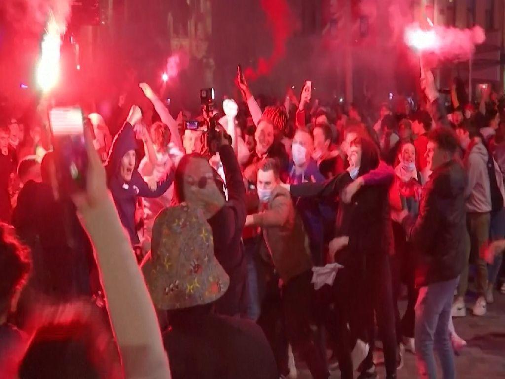 Sorak Sorai Fans di Jalanan Prancis Usai Lille Juara Ligue 1