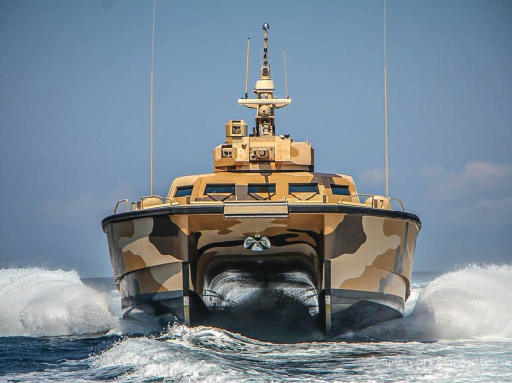Tank Boat Antasena Buatan Pindad Lolos Uji Senjata dan Jelajah Laut