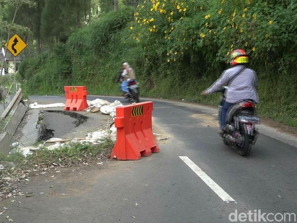 Wisata Gunung Bromo Dibuka, Wisatawan Harus Waspada Jalan Ambles