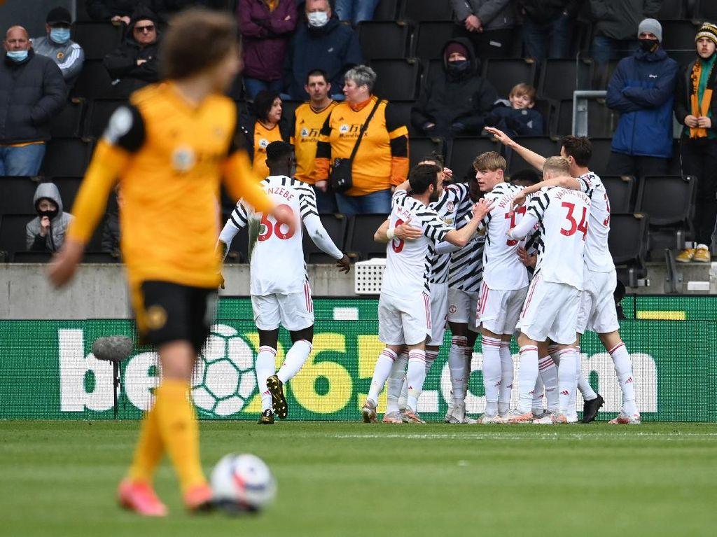Wolves Vs MU: Setan Merah Menang 2-1 di Laga Terakhir