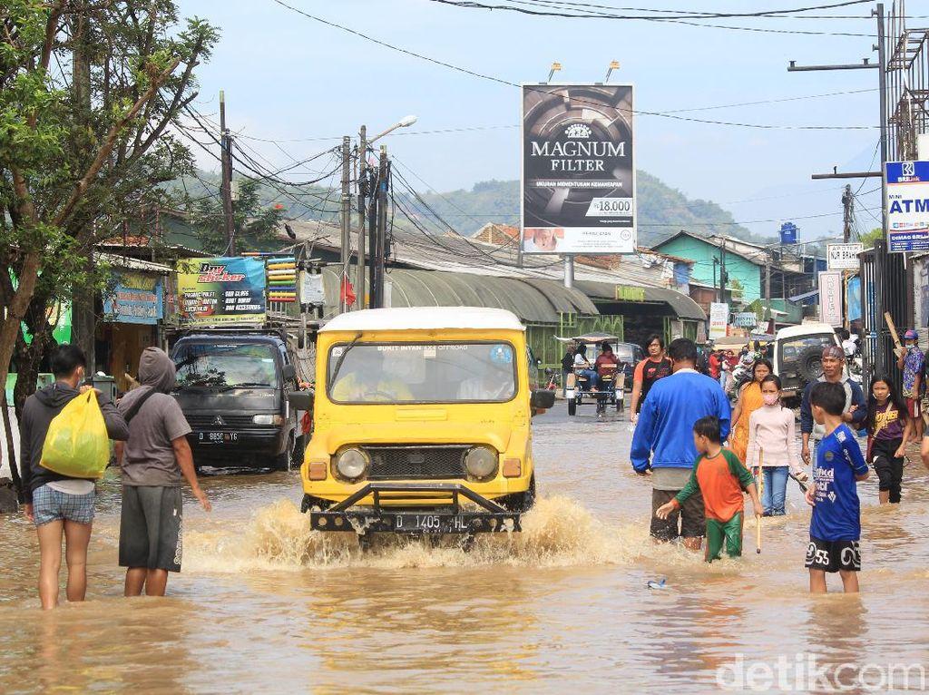 Banjir Kabupaten Bandung, BPBD: Ada 4 Jalan Raya yang Tergenang