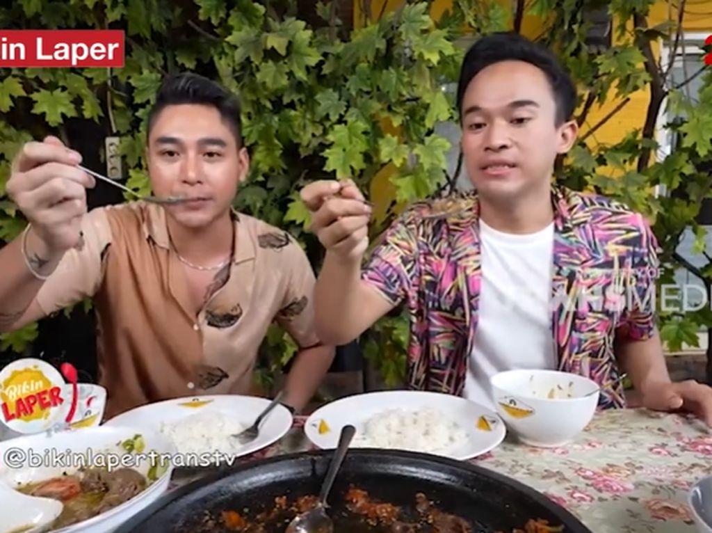 Bikin Laper! Anwar BAB Puas Makan Kambing Sambal Rawit yang Pedas Nampol