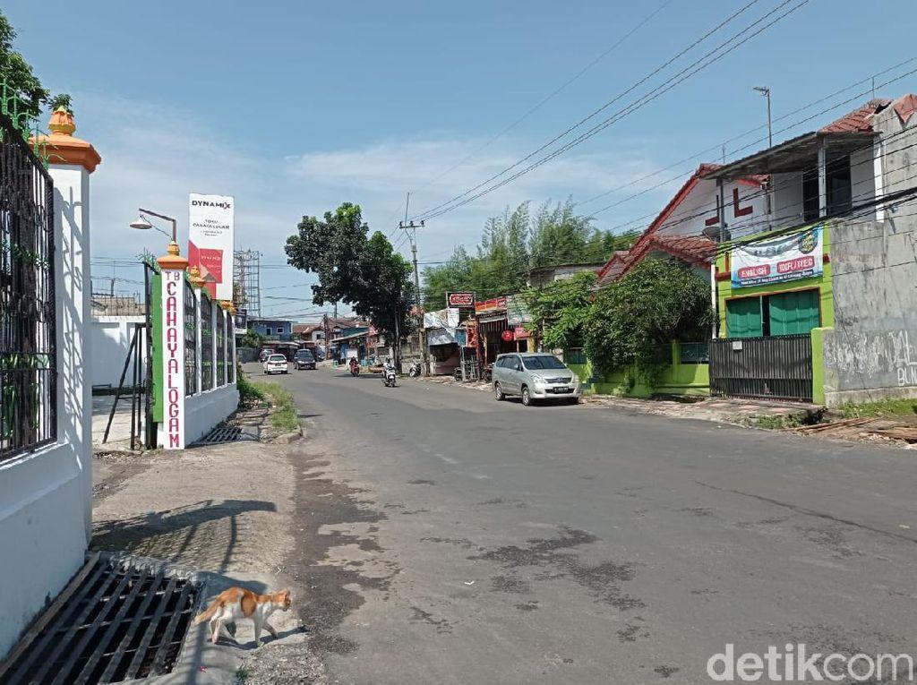 Jl Raya Cikaret yang Sempat Rusak dan Berlubang Kini Telah Diaspal