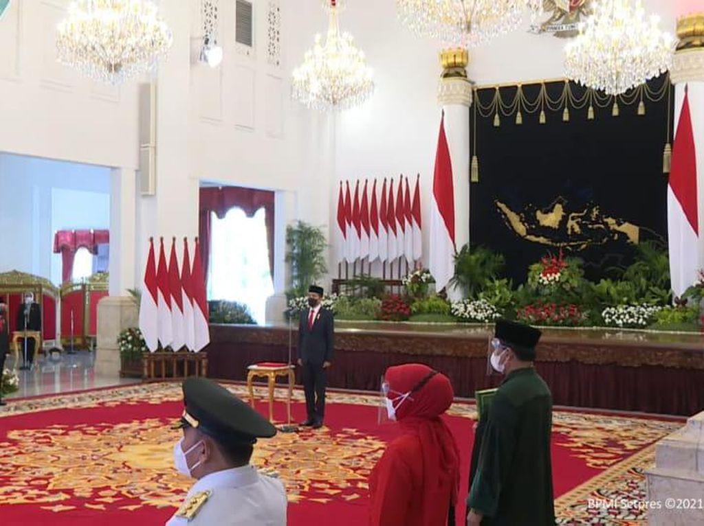 Jokowi Resmi Lantik Letjen Ganip Warsito Jadi Kepala BNPB