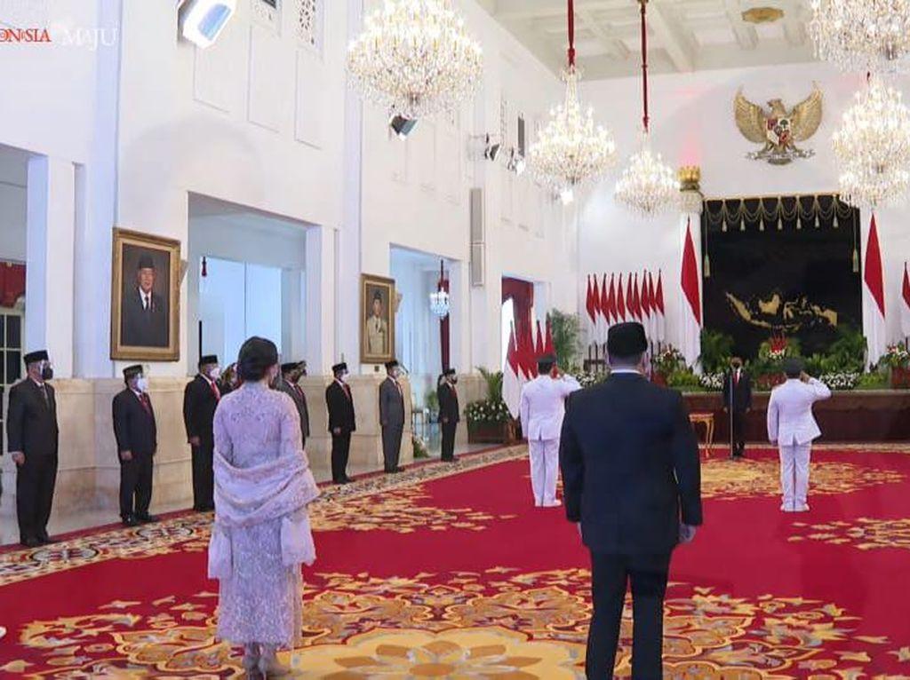 Jokowi Resmi Lantik Sugianto-Edy Jadi Gubernur-Wagub Kalteng