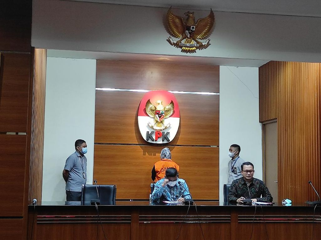 KPK Tahan Eks Direktur Jasindo Tersangka Kasus Korupsi Komisi Fiktif