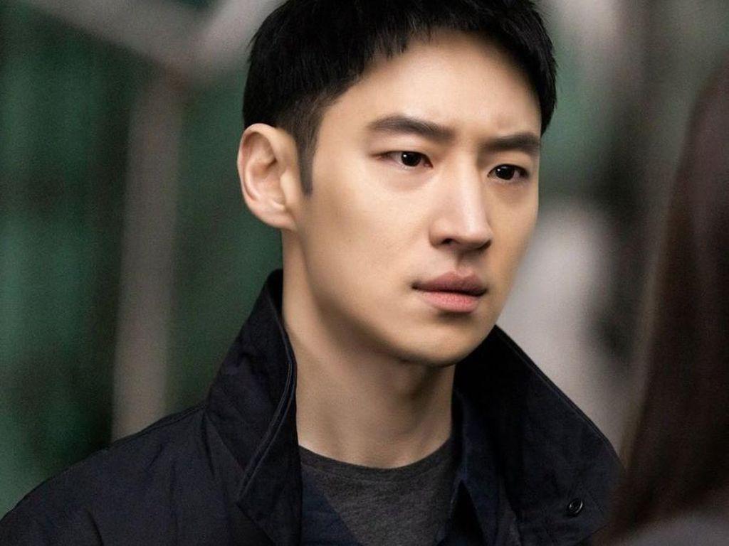 Sebelum Taxi Driver dan Move to Heaven, 5 Project Terbaik Lee Je Hoon