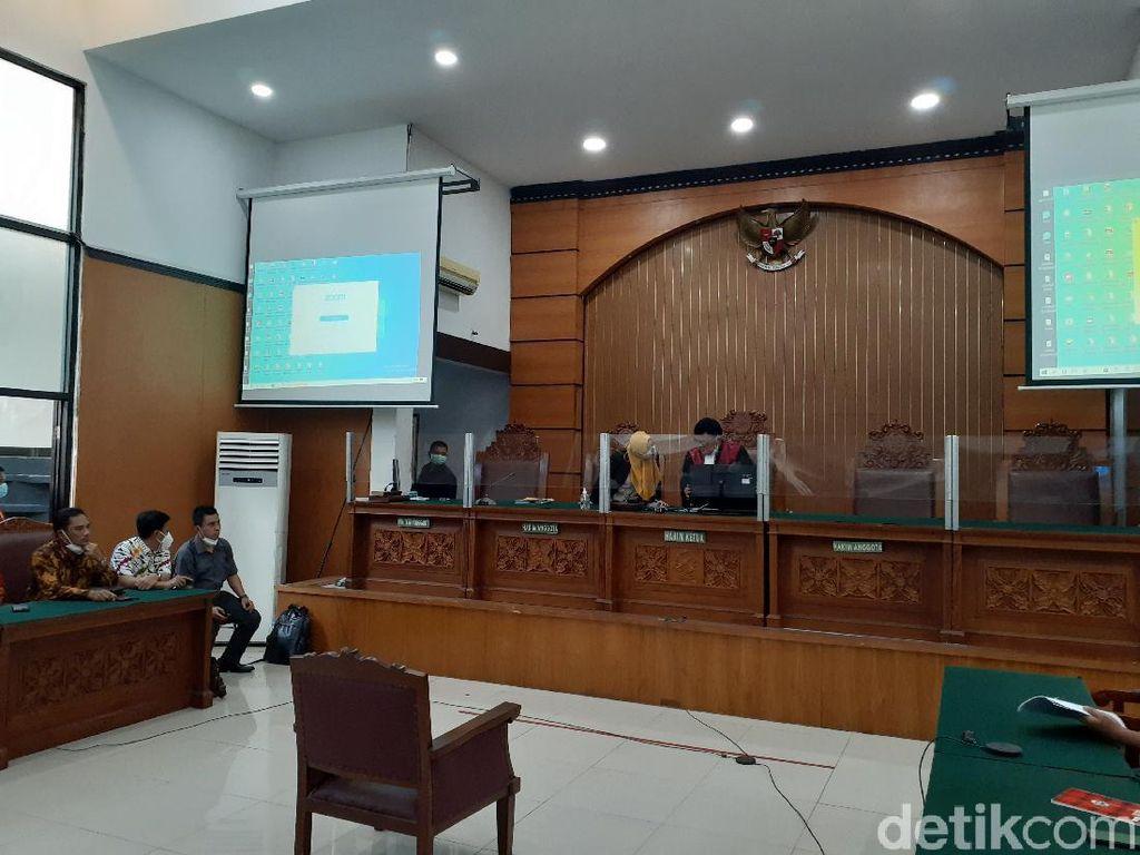 Hakim Tolak Praperadilan RJ Lino!