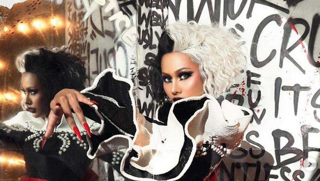 Pemotretan Cruella, Aurra Kharisma Memukau dengan Gaya Punk-Rock