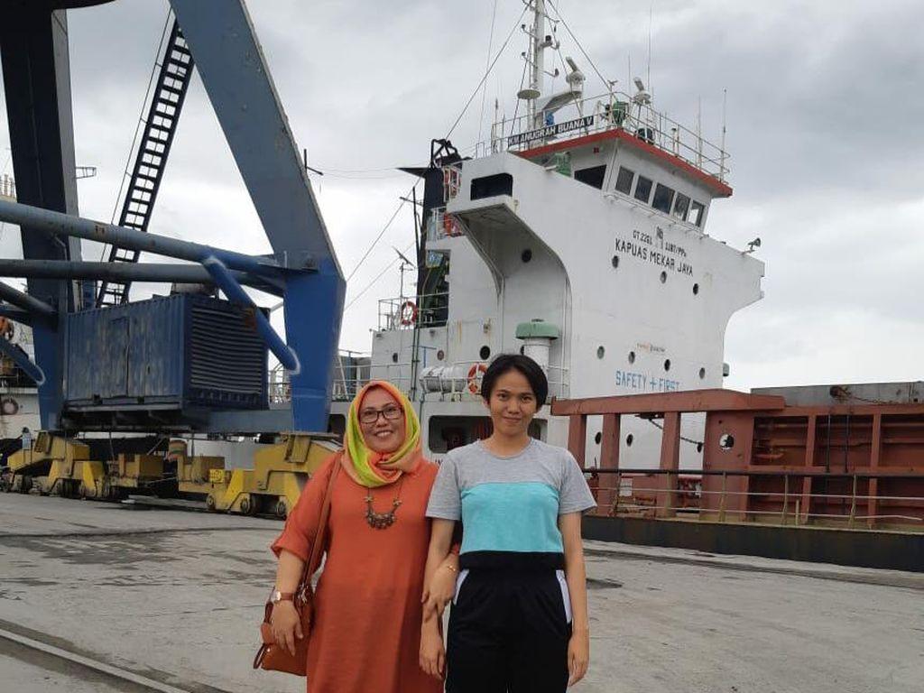 Kisah Srikandi Pelayaran di Sulsel, Omzet Rp 1 M Meski Pandemi