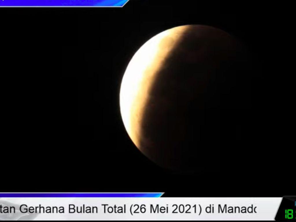 Gerhana Bulan Total Super Blood Moon Ramai di Linimasa