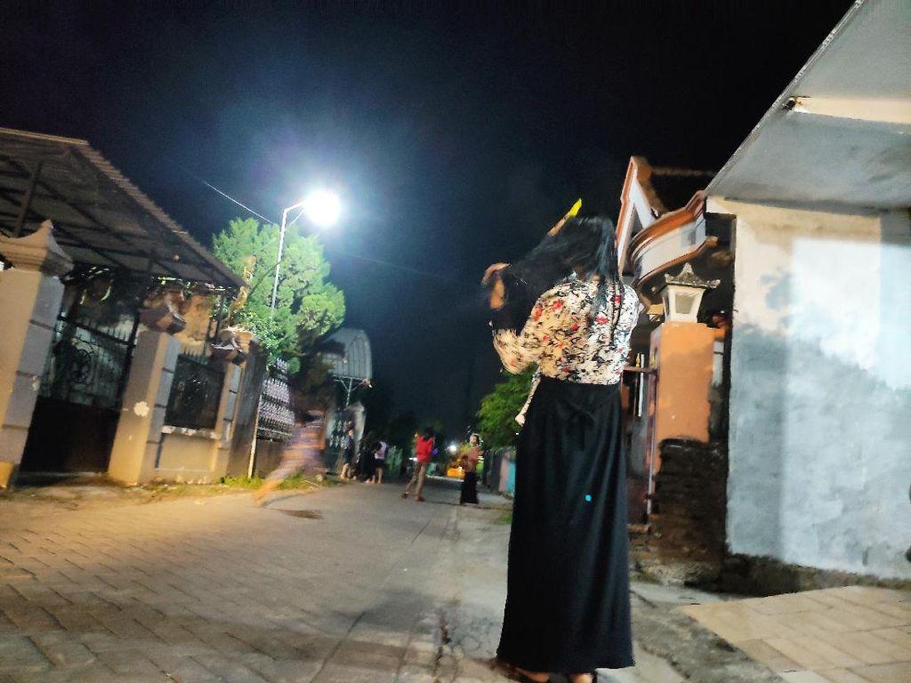 Gerhana Bulan, Ibu Hamil di Sidoarjo Ritual Ini Agar Anaknya Lahir Selamat