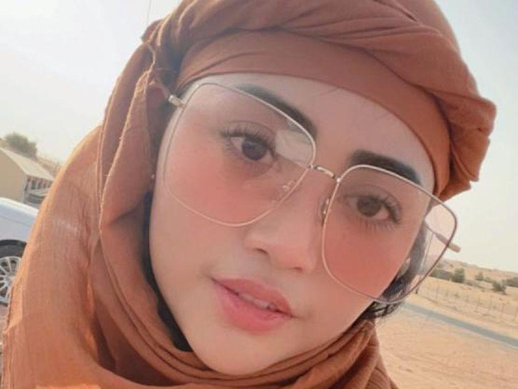 7 Gaya Rachel Vennya Liburan di Dubai, Diduga Bareng Kekasih Baru