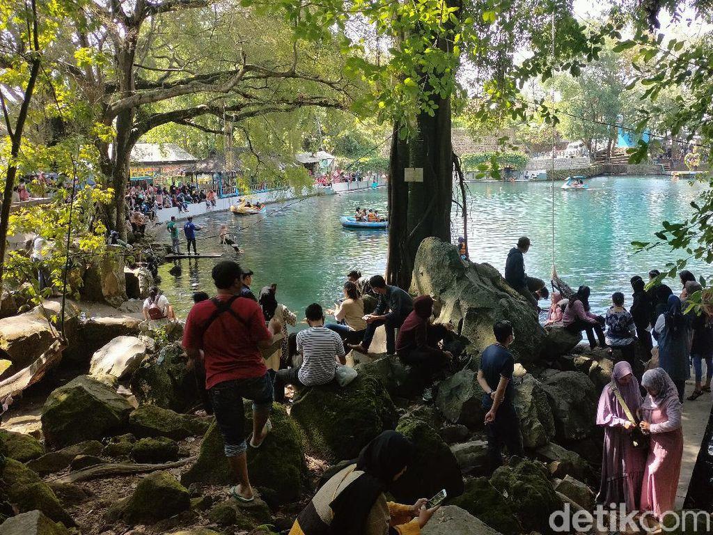 Libur Waisak, Situ Cicerem Kuningan Dibanjiri Wisatawan