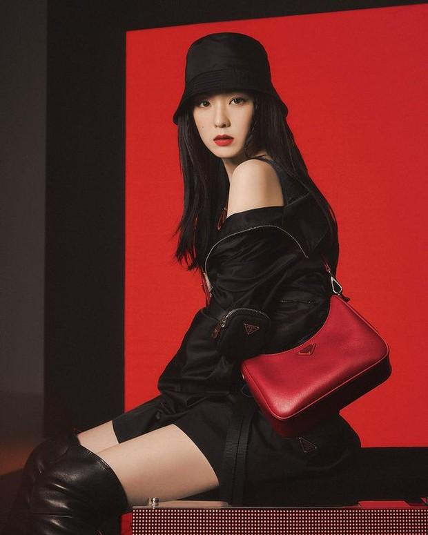 Irene Red Velvet menjadi brand ambassador Prada (foto: instagram.com/renebaebae)