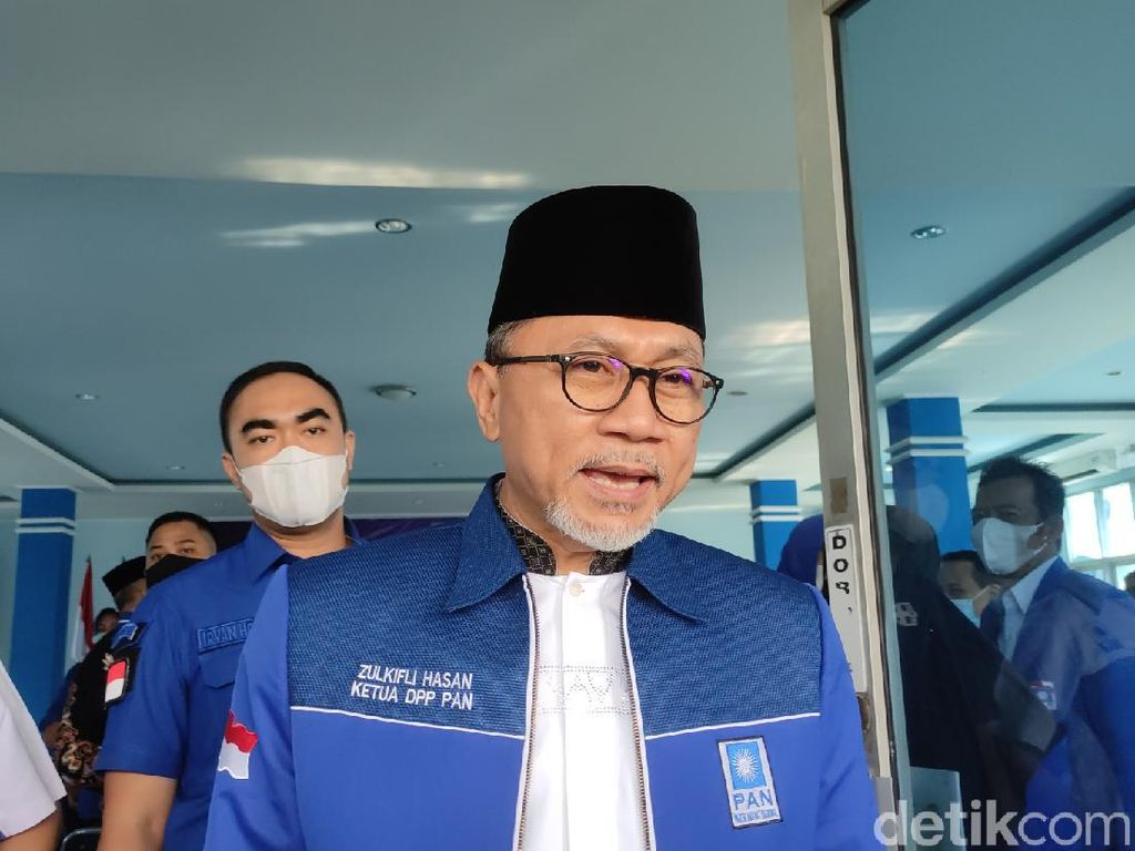 Zulhas Kenalkan Ketua PAN Jateng yang Baru, Eks Rektor Uhamka