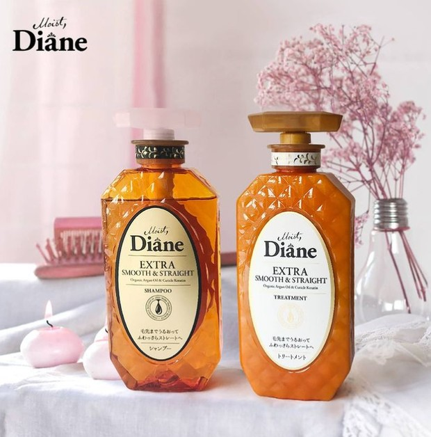 Moist Diane Extra Smooth & Straight