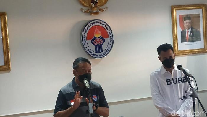 Raffi Ahmad bertemu dengan Menpora Zainudin Amali, bahas sepakbola Indonesia.