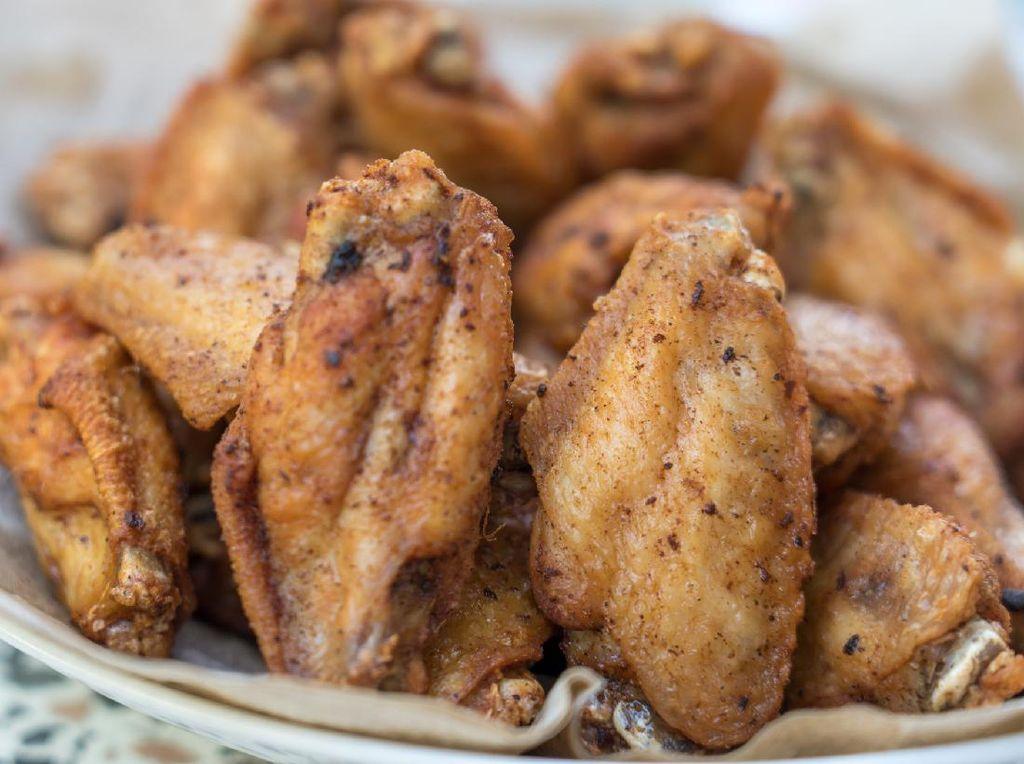 Resep Sayap Ayam Goreng Bawang dan Merica yang Gurih Mantap