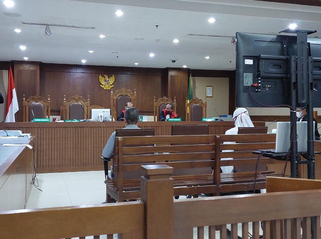 Eks Pejabat Kemenkes Dituntut 2,5 Tahun Bui di Kasus Korupsi Alkes RS Unair