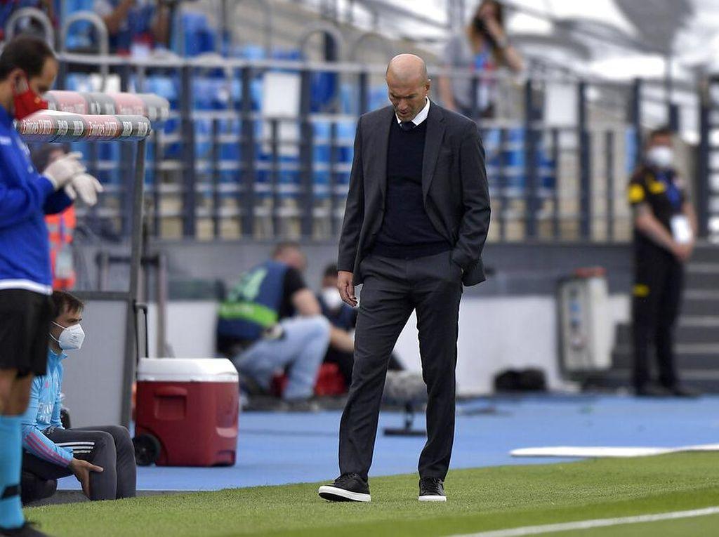 Resmi! Zinedine Zidane Mundur dari Real Madrid