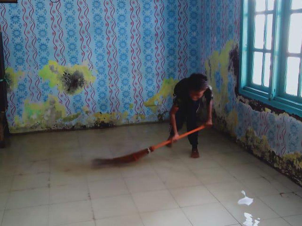 Banjir Rob Rendam Rumah Warga di Sidoarjo, 175 Jiwa Tak Bisa Mengungsi