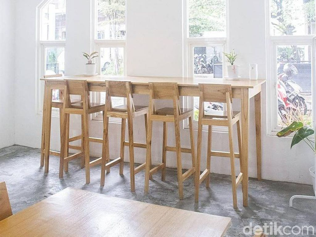 Kedai Botani Coffee House: Kafe Instagenik yang Punya Thinking Room