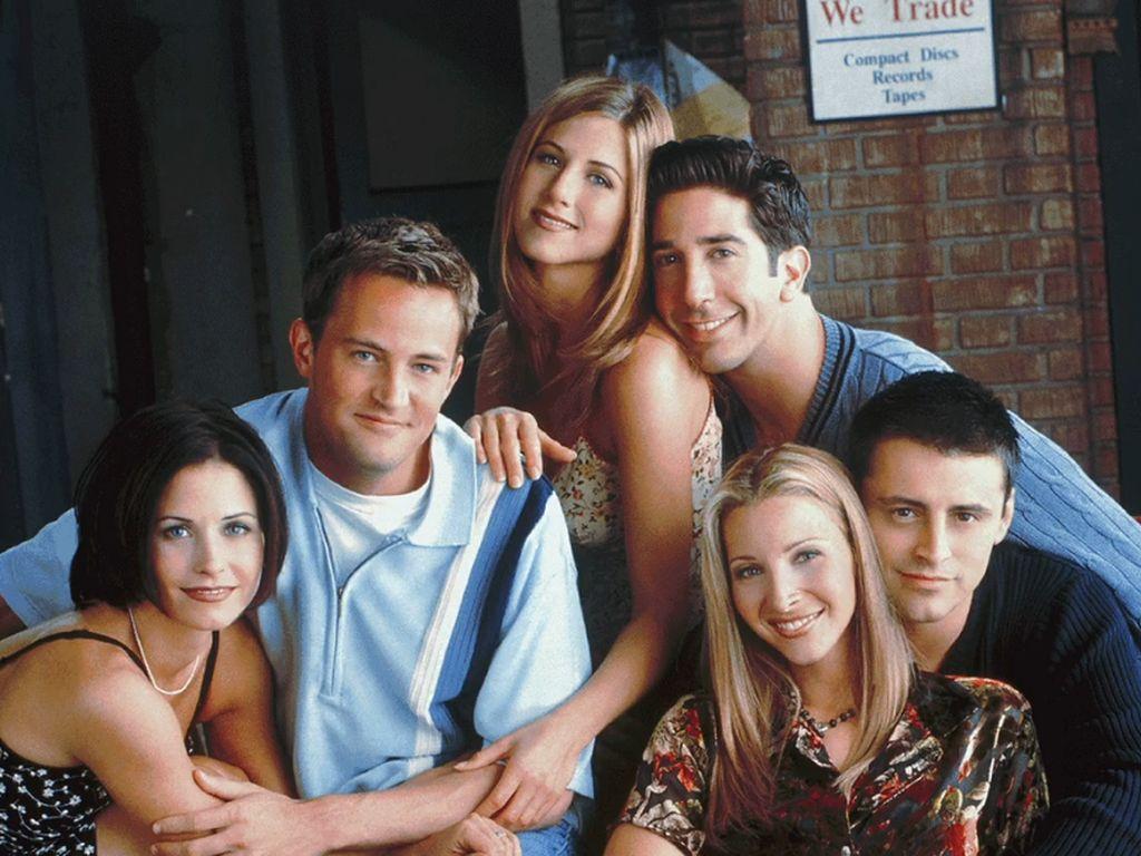 Blak-blakan Kru di Balik Set Friends: The Reunion