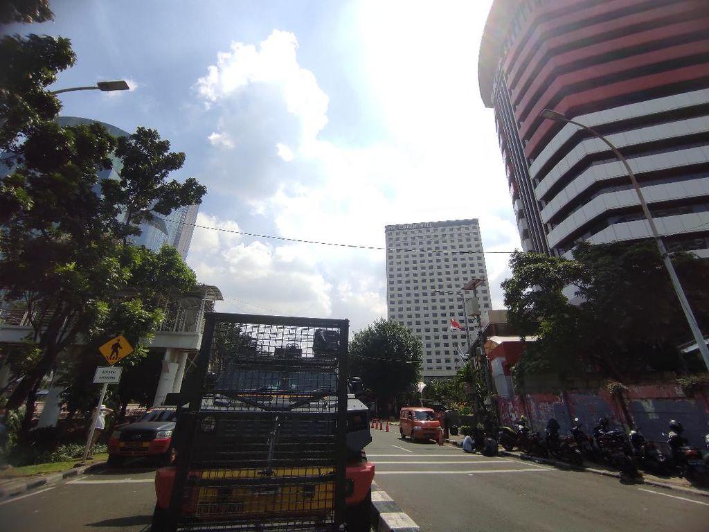 Gedung KPK Dijaga Ketat TNI-Polri, Barracuda dan Kawat Duri Disiagakan