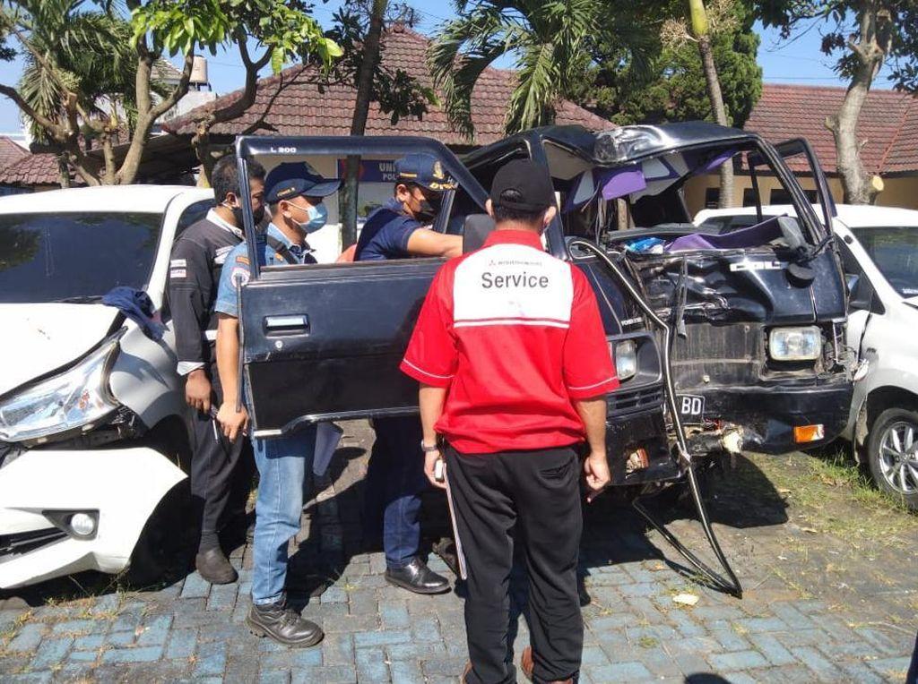 Penampakan Kondisi Pikap Maut Tewaskan 8 Orang Rombongan Arisan di Malang