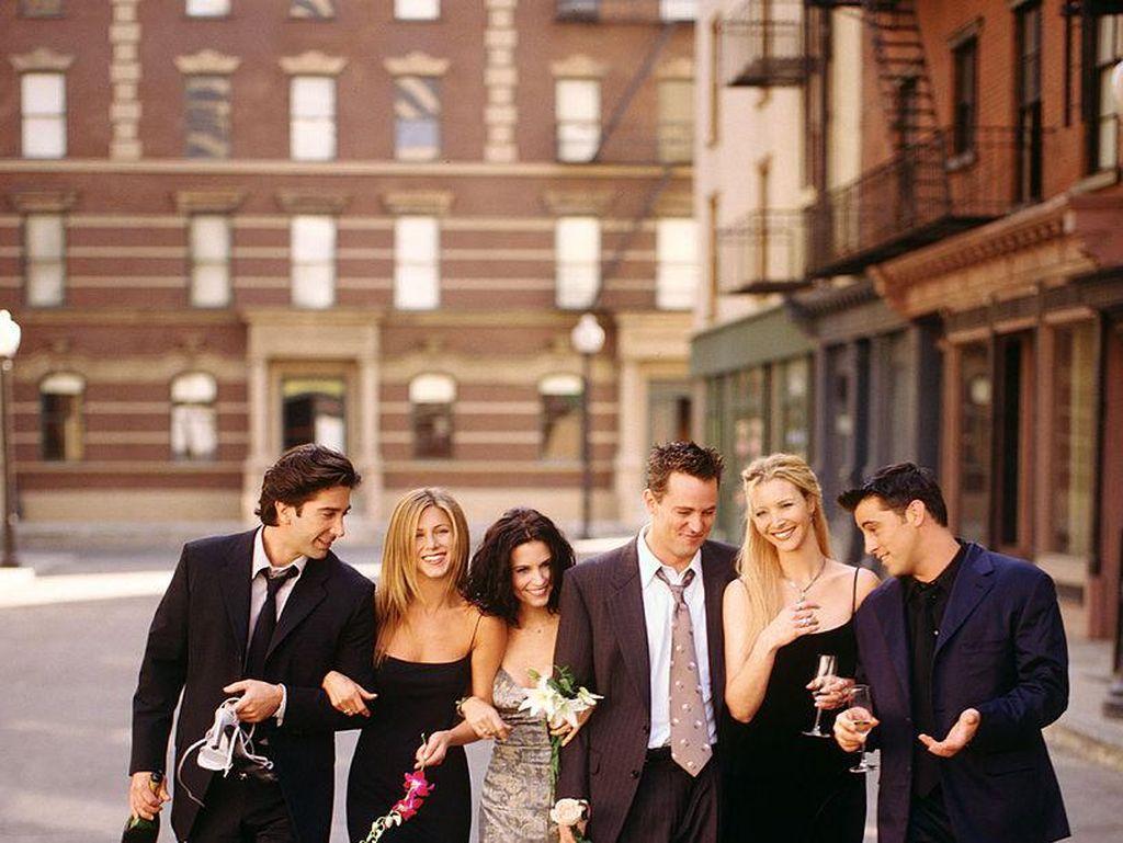 Jennifer Aniston dan David Schwimmer Pernah Saling Naksir di Syuting Friends