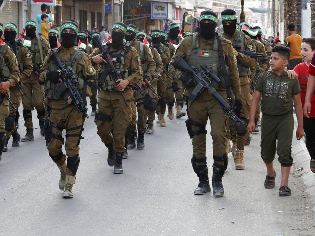 Hamas Gelar Parade Militer di Gaza