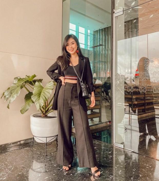 Style Celana yang Bikin Tubuh Tinggi