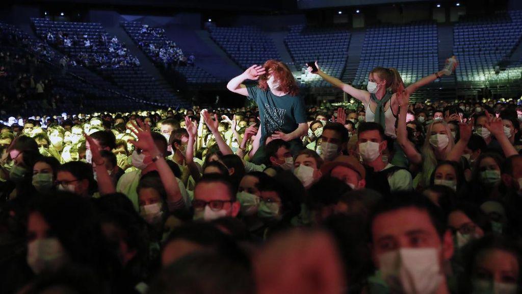 5.000 Orang Hadiri Konser untuk Penelitian COVID-19
