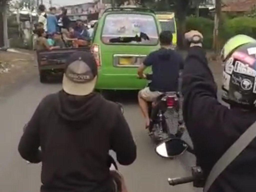 Tewaskan Pemotor, Sopir Angkot Ugal-ugalan di Bandung Jadi Tersangka