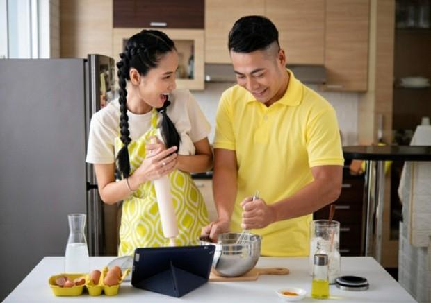 Cooking Together | Freepik.com