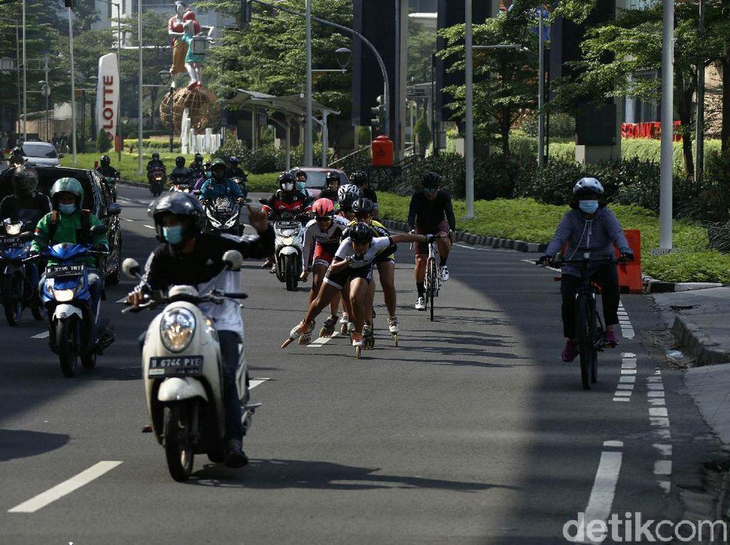 Menikmati Cuaca Jakarta yang Cerah Berawan