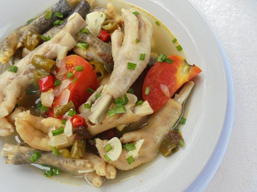 Resep Sup Ceker Ayam Sederhana yang Bening Gurih Kaldunya