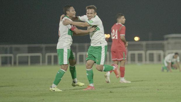 Timnas Indonesia vs Oman pada laga uji coba di Dubai (29/5/2021)